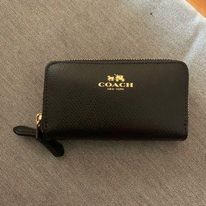 Coach Small Double Zip Around Wallet